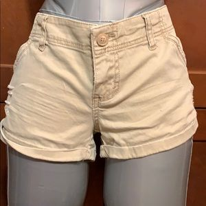 Size 7 tan cuff shorts